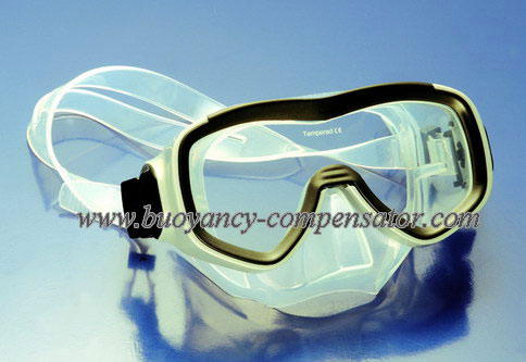 scuba diving mask of silicone material for best snorkeling. Black Bedroom Furniture Sets. Home Design Ideas